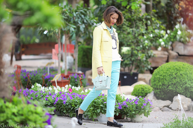 pastel outfit for spring with mint trousers by GalantGirl.com