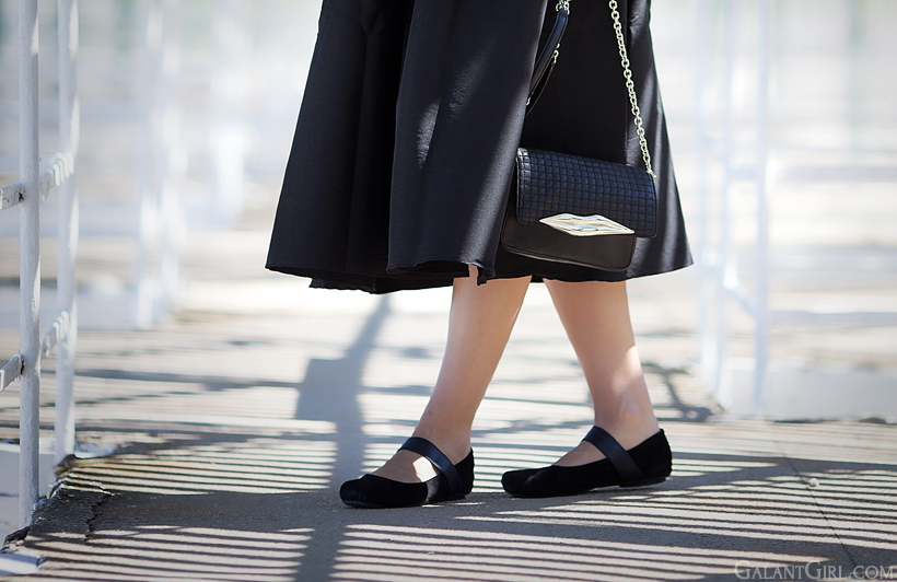 ballet flats and Diane Von Furstenberg bag