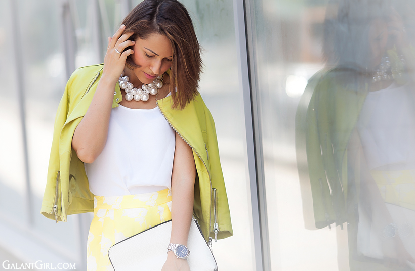 pearl necklace, yellow leather jacket GalantGirl.com