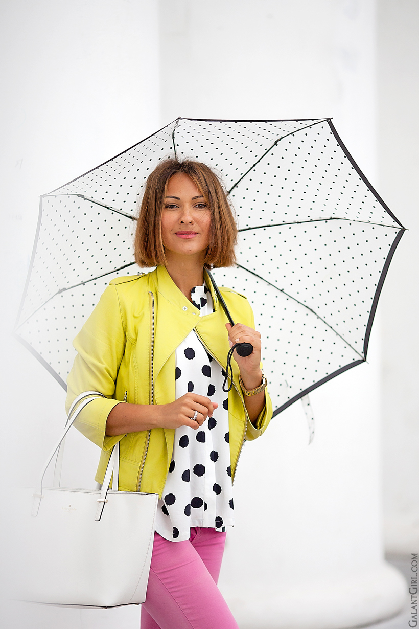 outfit for rainy day by GalantGirl.com