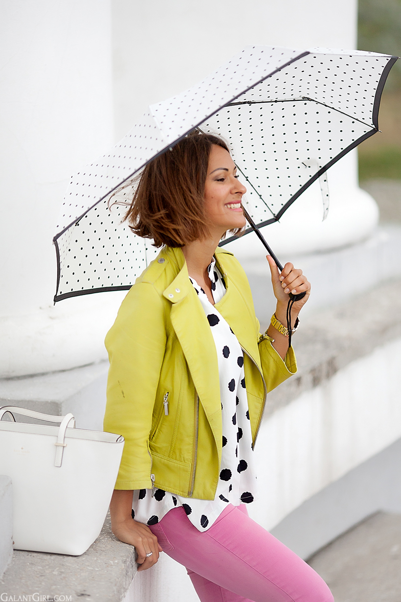 outfit for rainy day with color blocks by GalantGirl.com