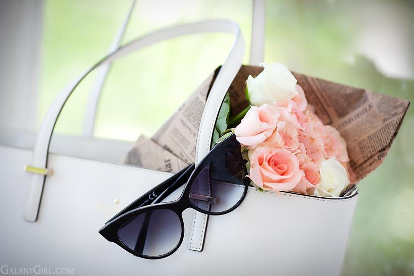 Gianni Venturi sunglasses and Kate Spade bag