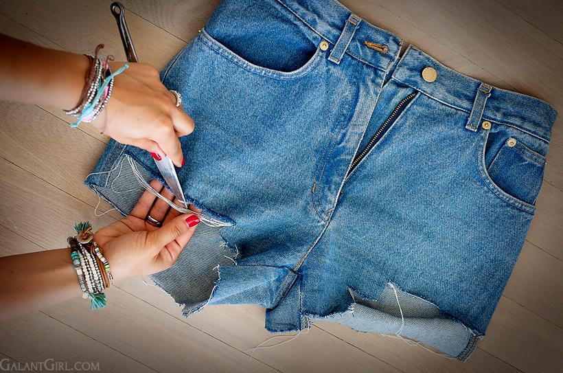 Шорты из джинс рваные