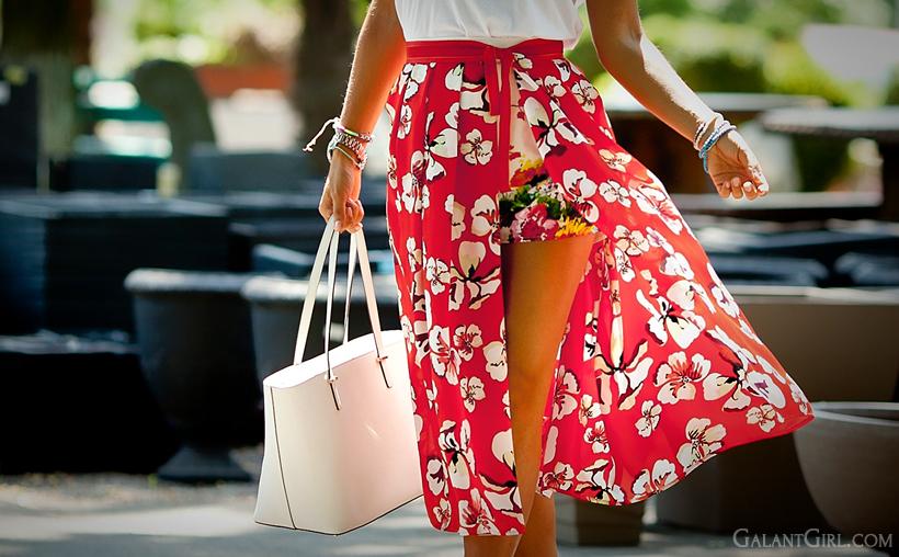 red skirt and Kate Spade bag GalantGirl.com