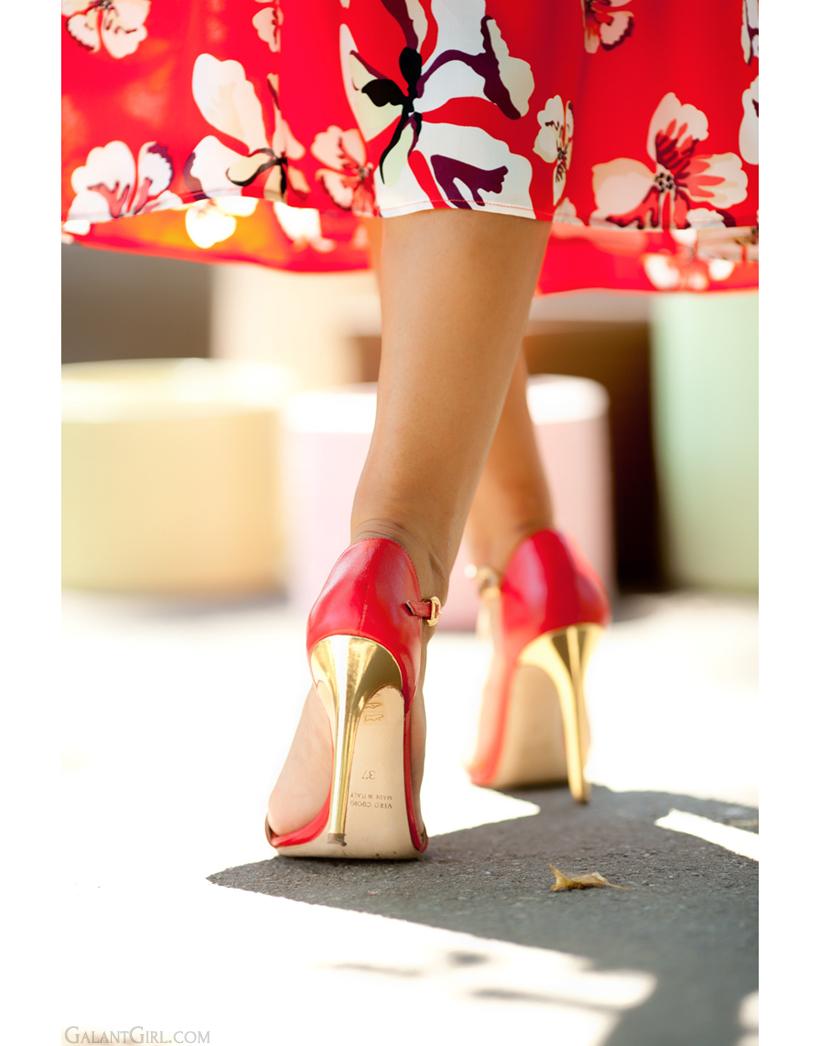 golden heels by GalantGirl.com