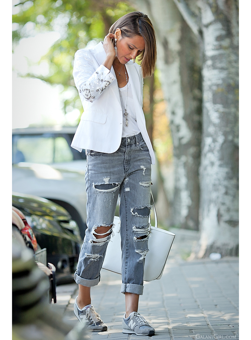 grey jeans outfit by Galant girl