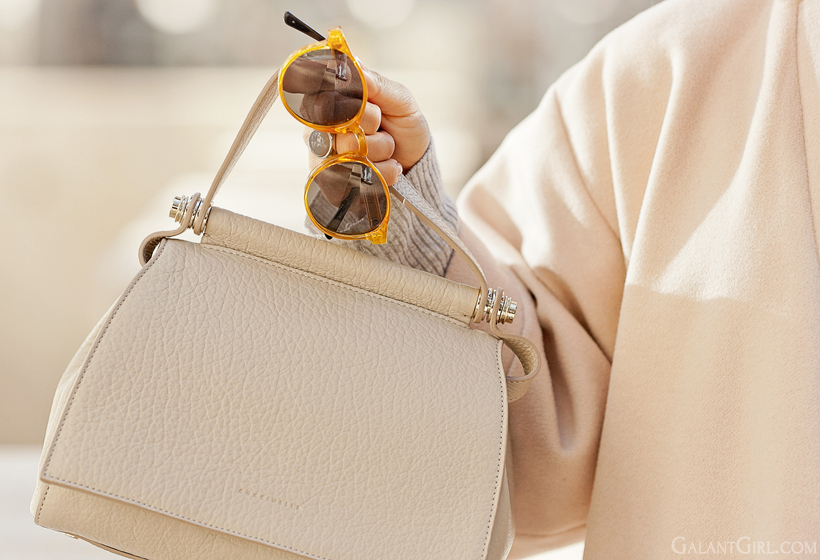 spitfire sunglasses and coccinelle bag on GalantGirl.com