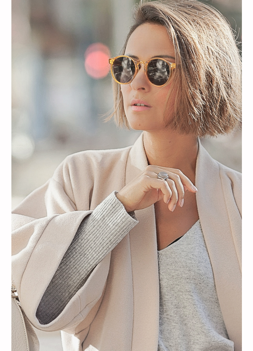 cream kimono coat and coccinelle bag on GalantGirl.com