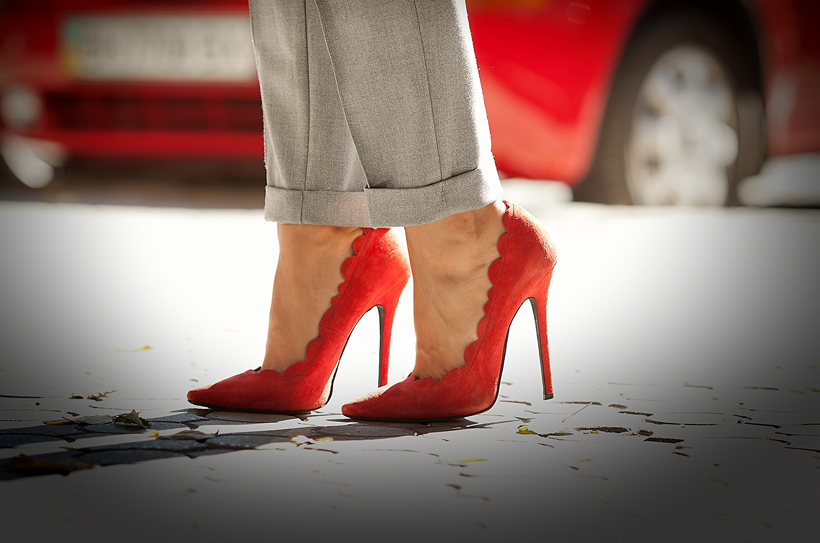 red heels on GalantGirl.com