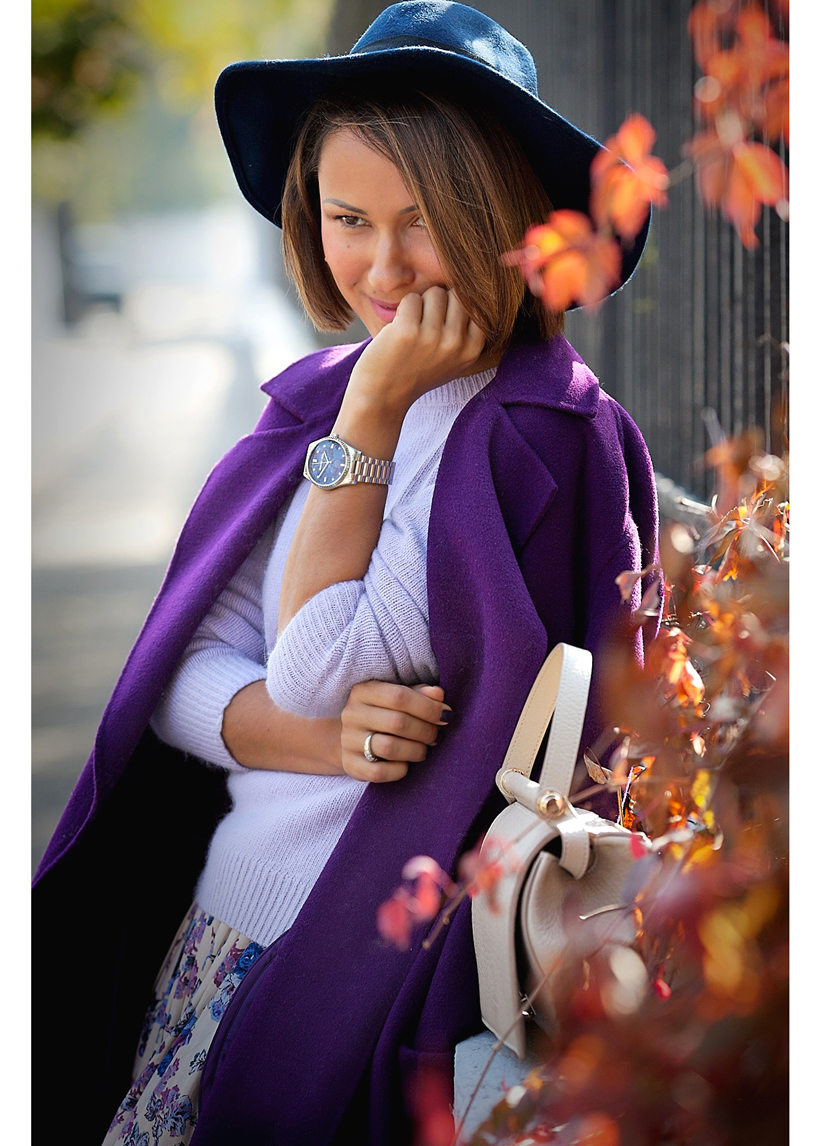 Galant Girl in MaxMara purple coat
