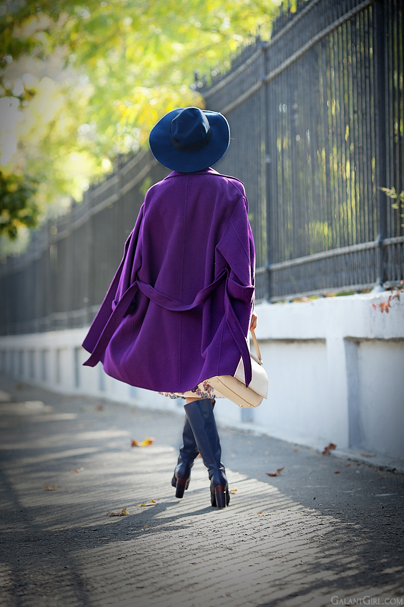 purple maxmara coat on GalantGirl.com