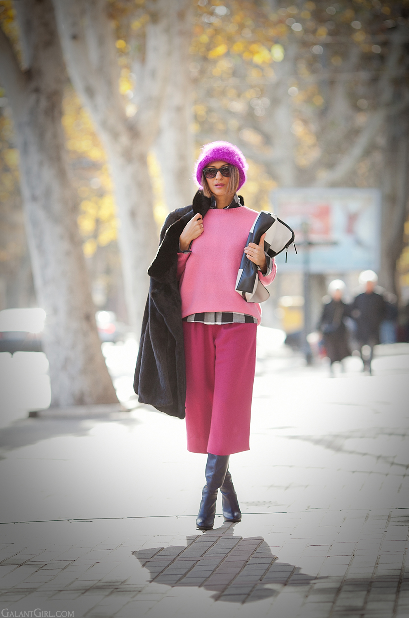 culottes outfit in pink shades on GalantGirl.com