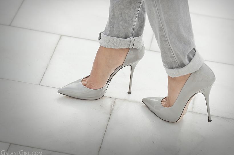 casadei pumps on GalantGirl.com