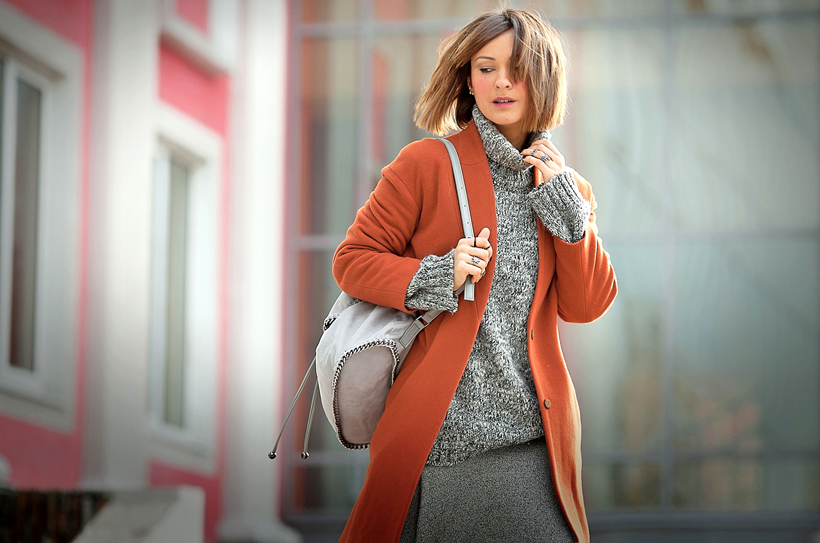 rust coat outfit on GalantGirl.com