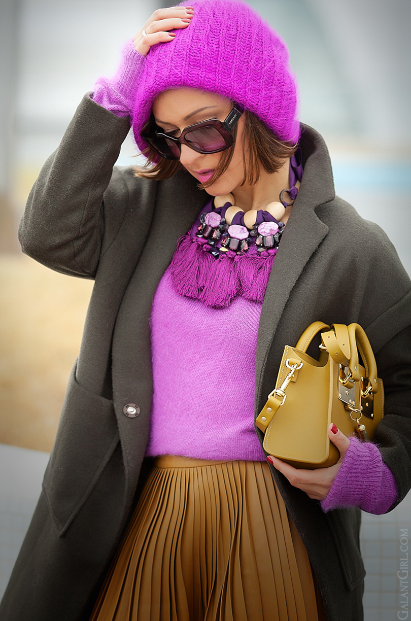 purple and camel outfit, statement necklace, galant girl