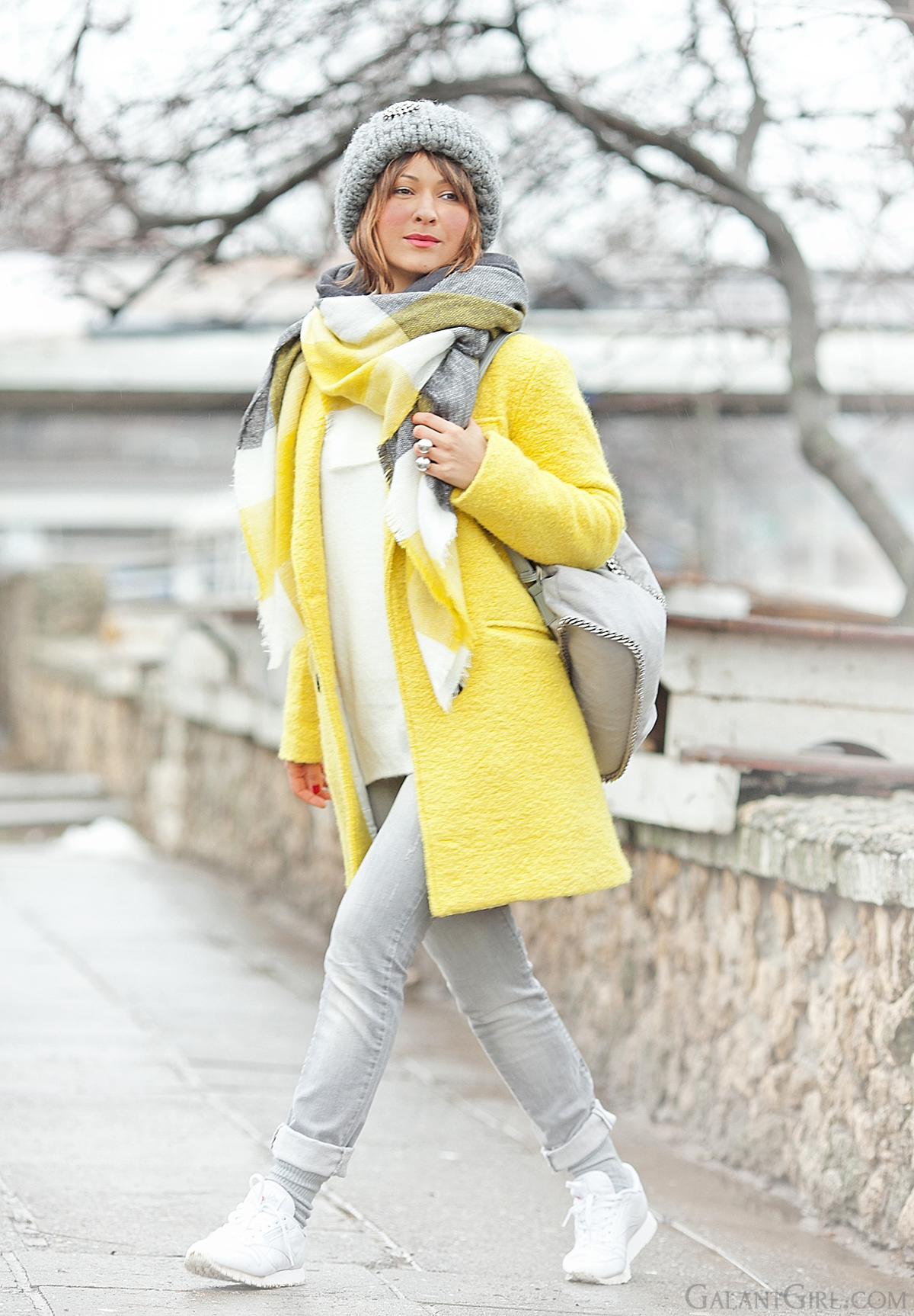 galant girl, yellow coat outfit, choies coat,