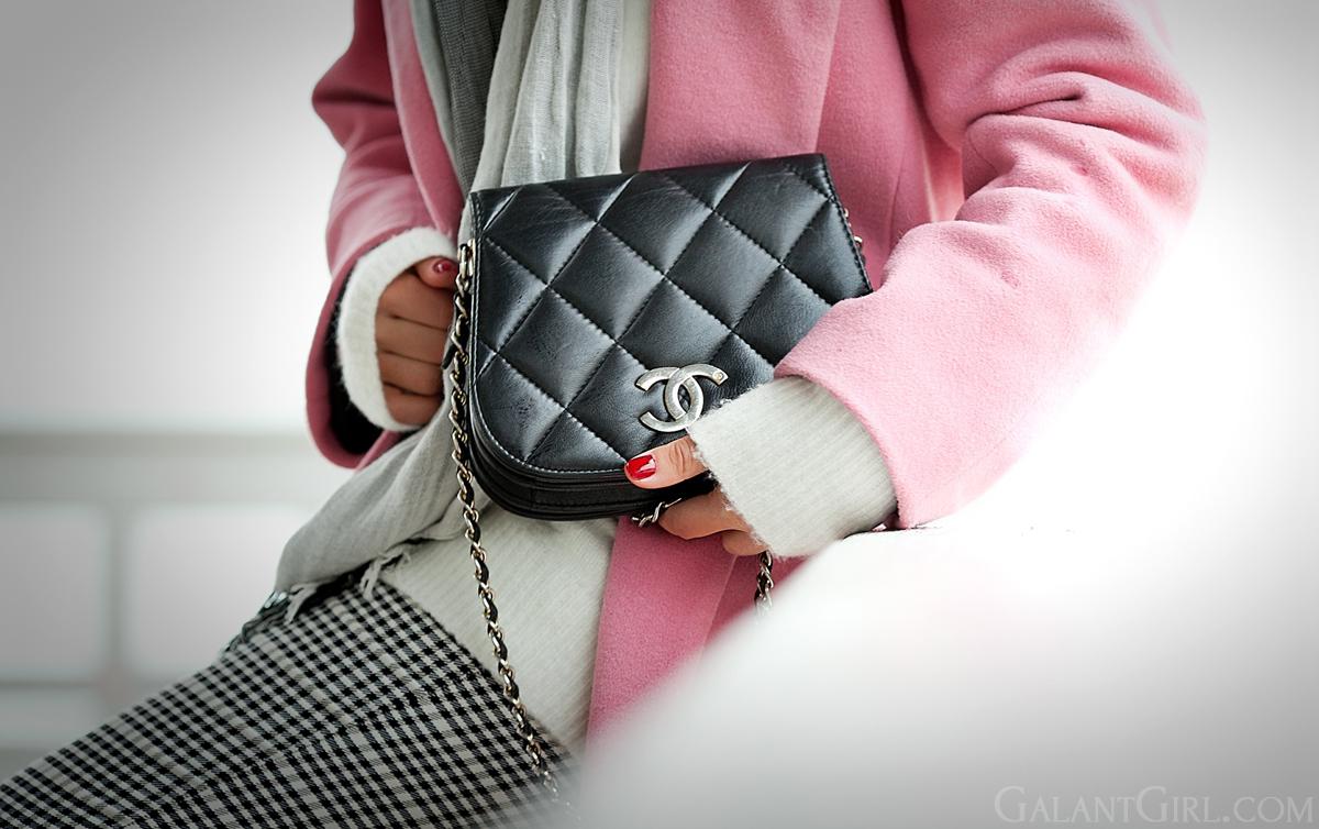 chanel vintage bag,