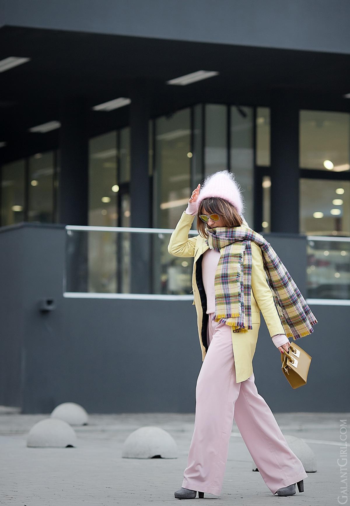 sophie hulme bag, sophie hulme, galant girl, pastel colors outfit,