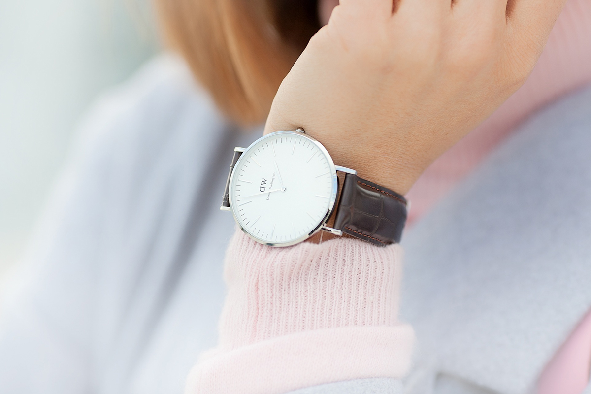 daniel wellington 40 mm watch