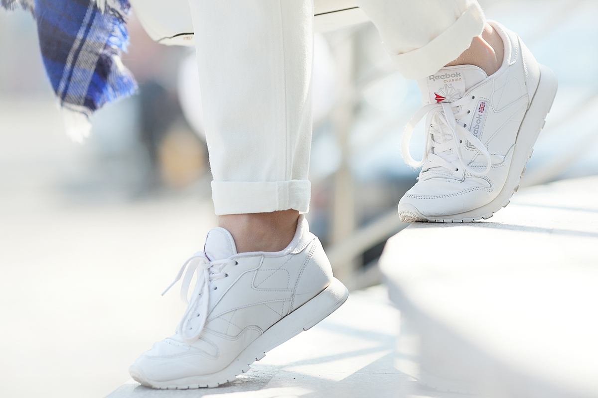 classic reebok white trainers in retro style on GalantGirl.com