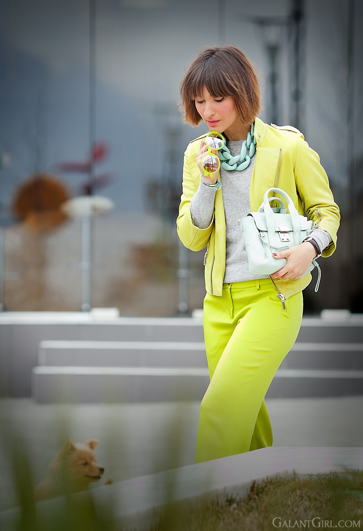 lime green outfit for spring on GalantGirl.com
