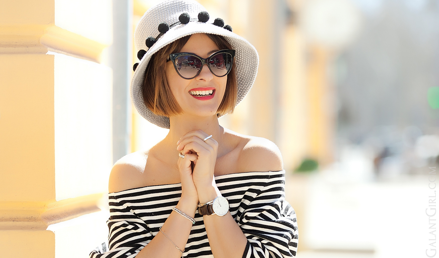 teyo off shoulder striped top and 711 summer hat on GalantGirl.com