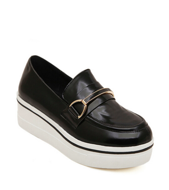 Black Platform Flat Shoes with Metal Detial