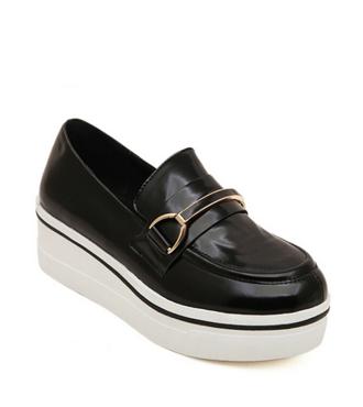 Black Platform Flat Shoes with Metal Detail