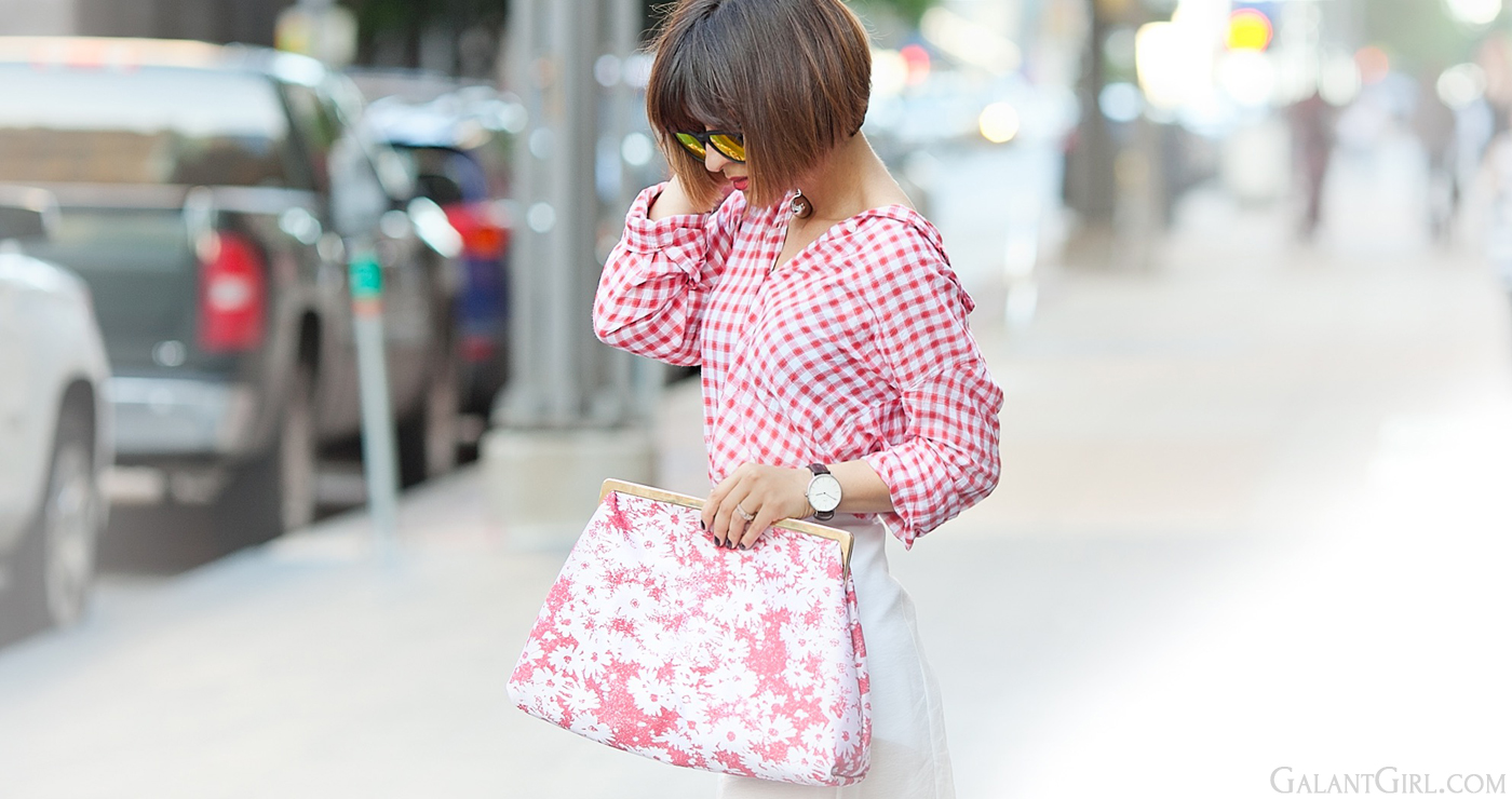 stella mccartney flower print clutch, stella mccartney clutch outfit,