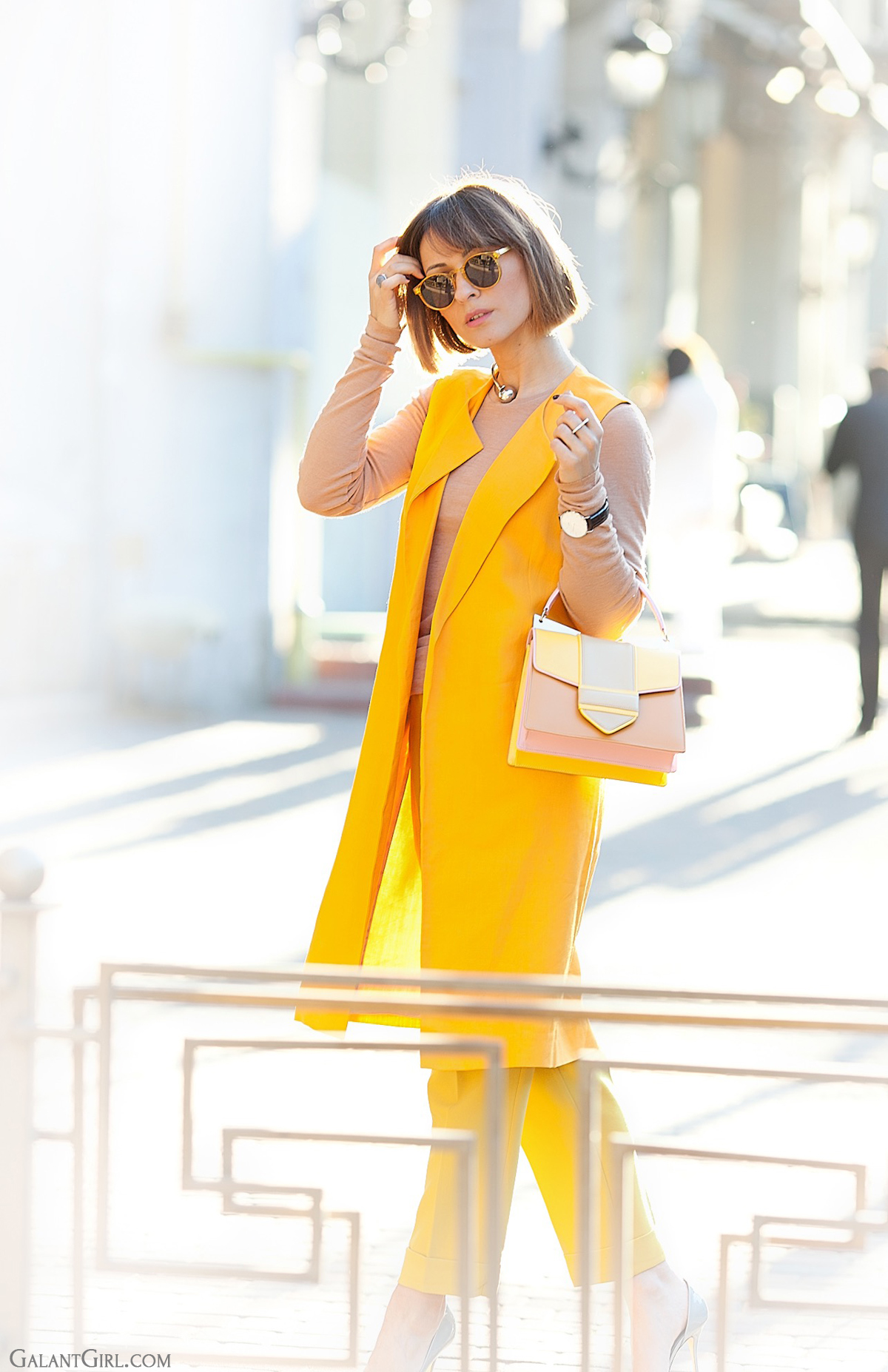 zara orange vest and sara battaglia bag, spring look, fashion trends 2015, galant girl