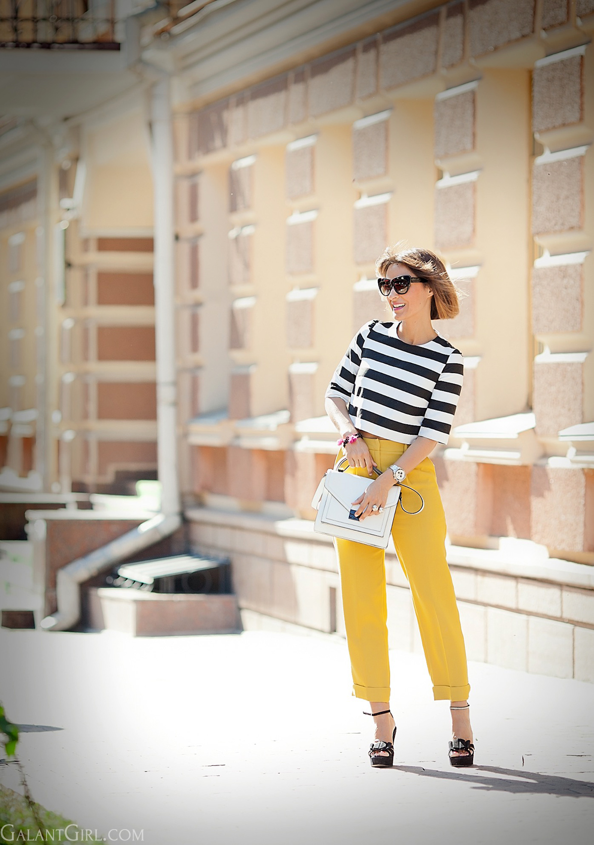 cropped-striped-top-asos-high-waist-trousers-chic-summer-outfit-by-fashion-blogger-galant-girl