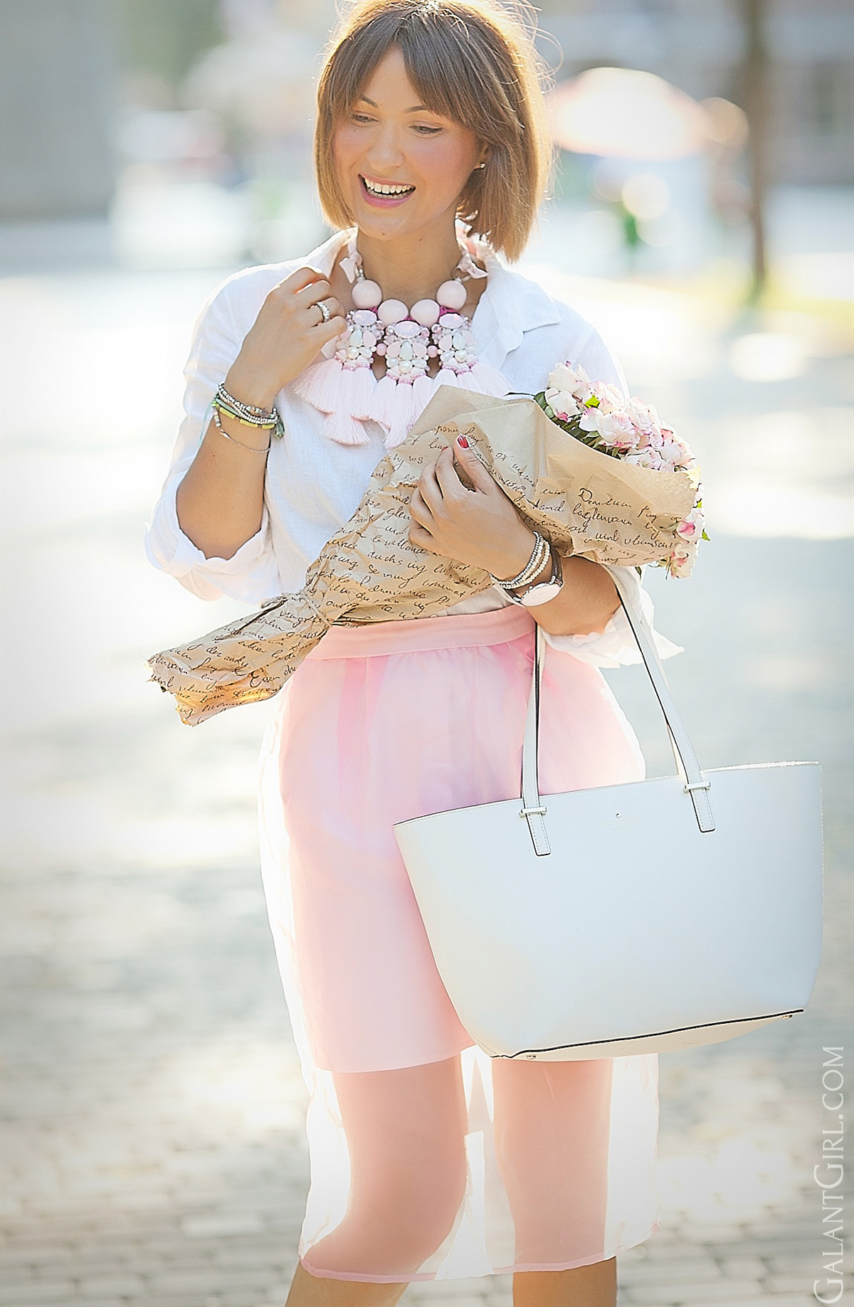 cute-summer-outfit-in-pink-shades-galant-girl