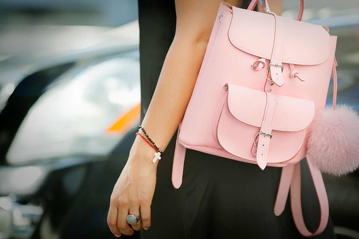 mini-pink-leather-backpack-grafea