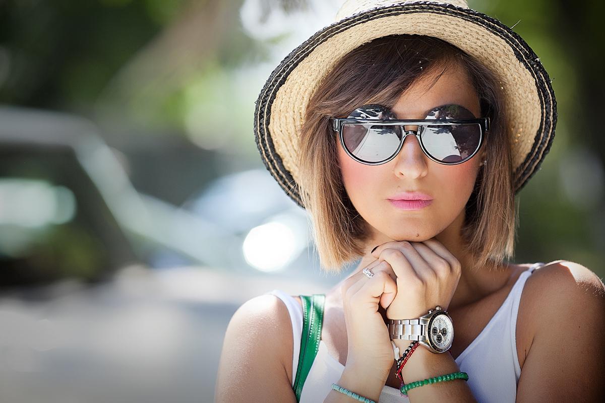 framed-round-sunglasses-galant-girl