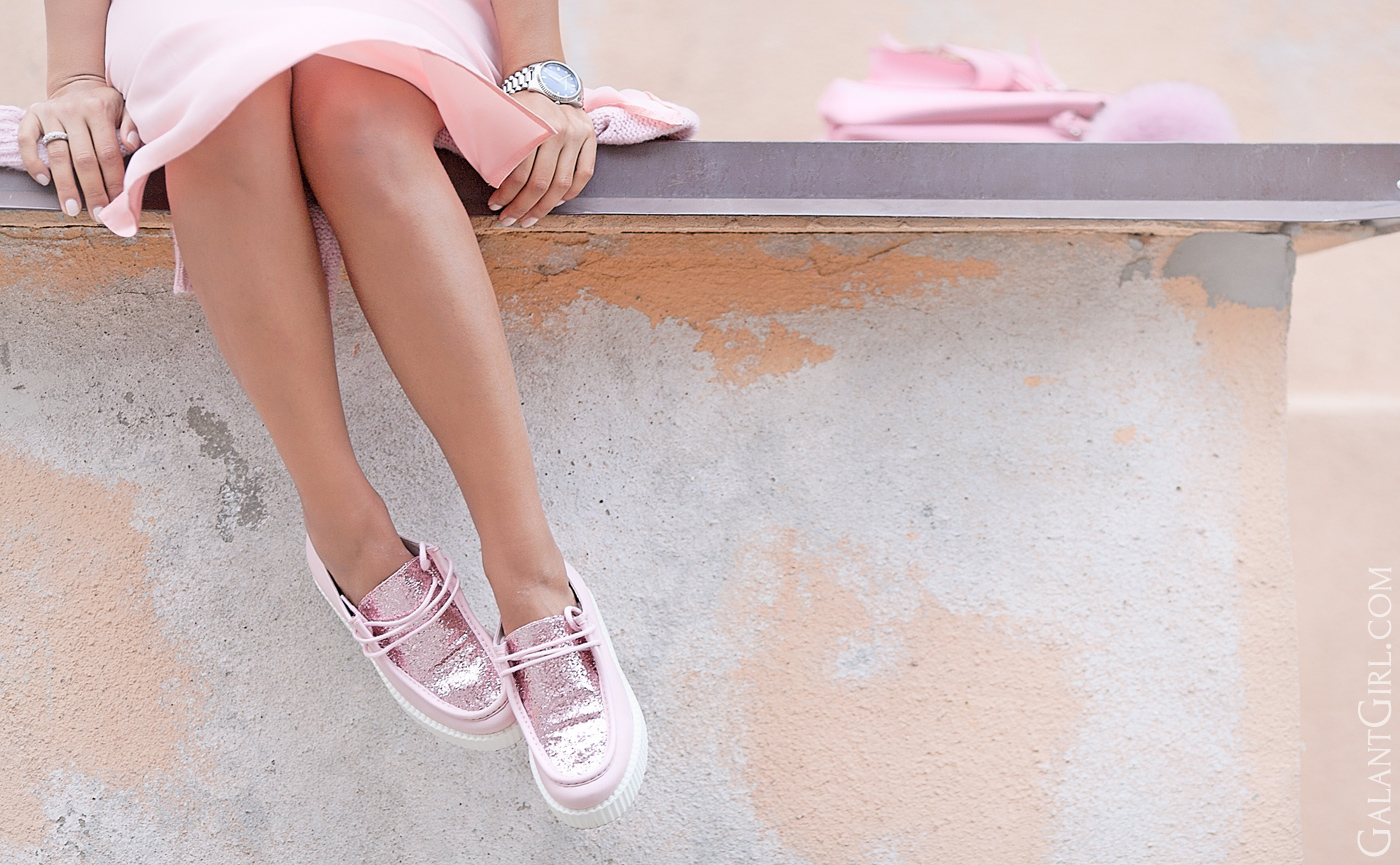 joshua-sanders-pink-loafers-fashion-blogger-galant-girl