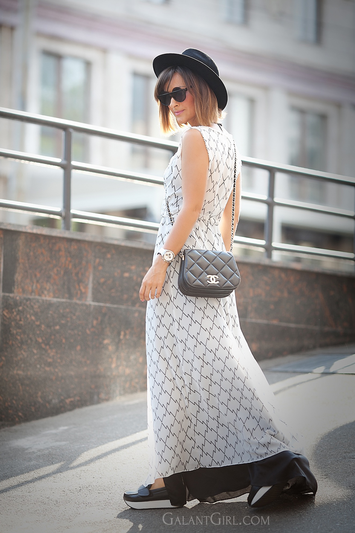 maxi-dress-for-stylish-autumn-outfit-streetstyle-blogger-galant-girl