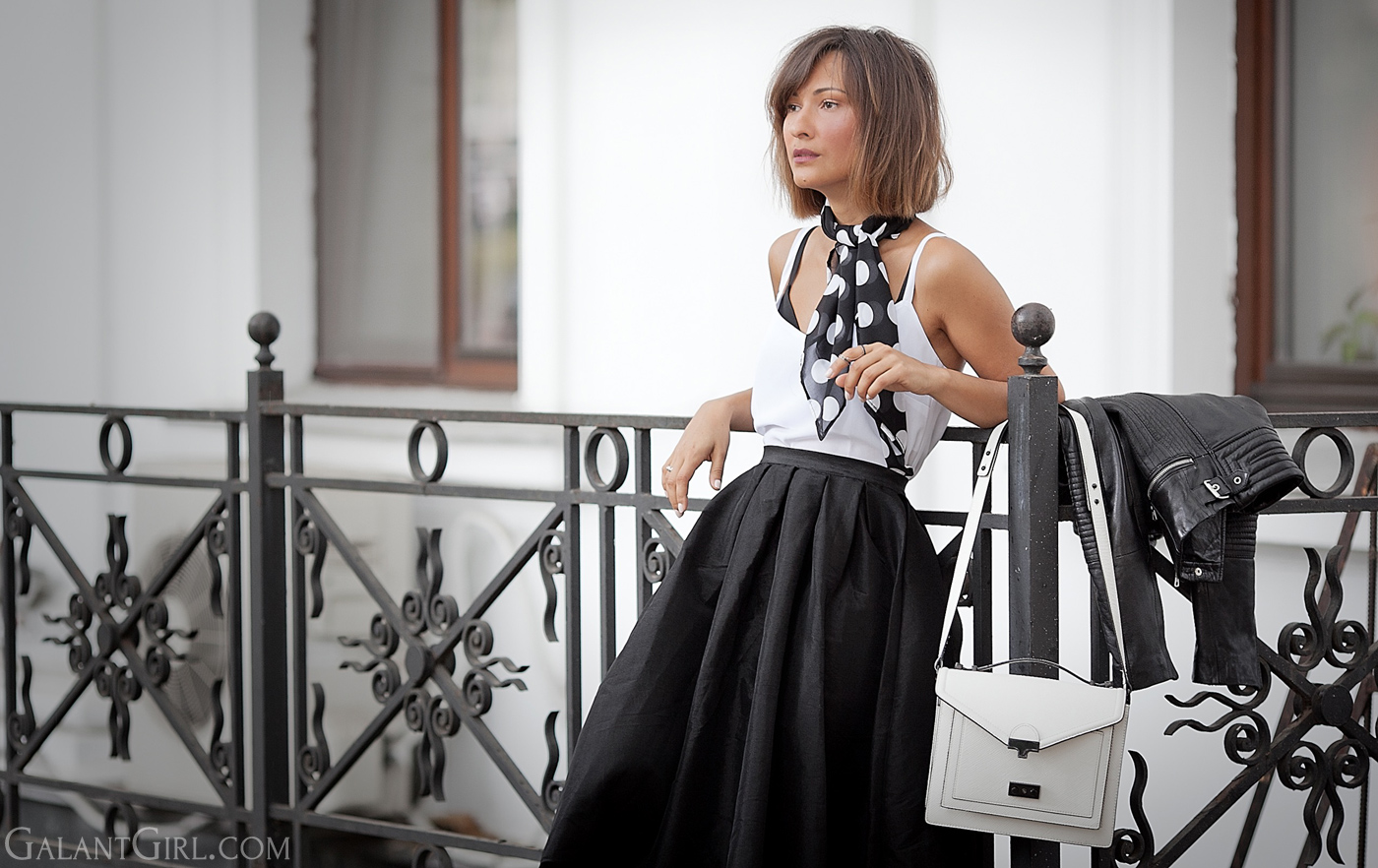 polka-dot-scarf-and-flare-skirt-choies-street-style-inspiration-outfit