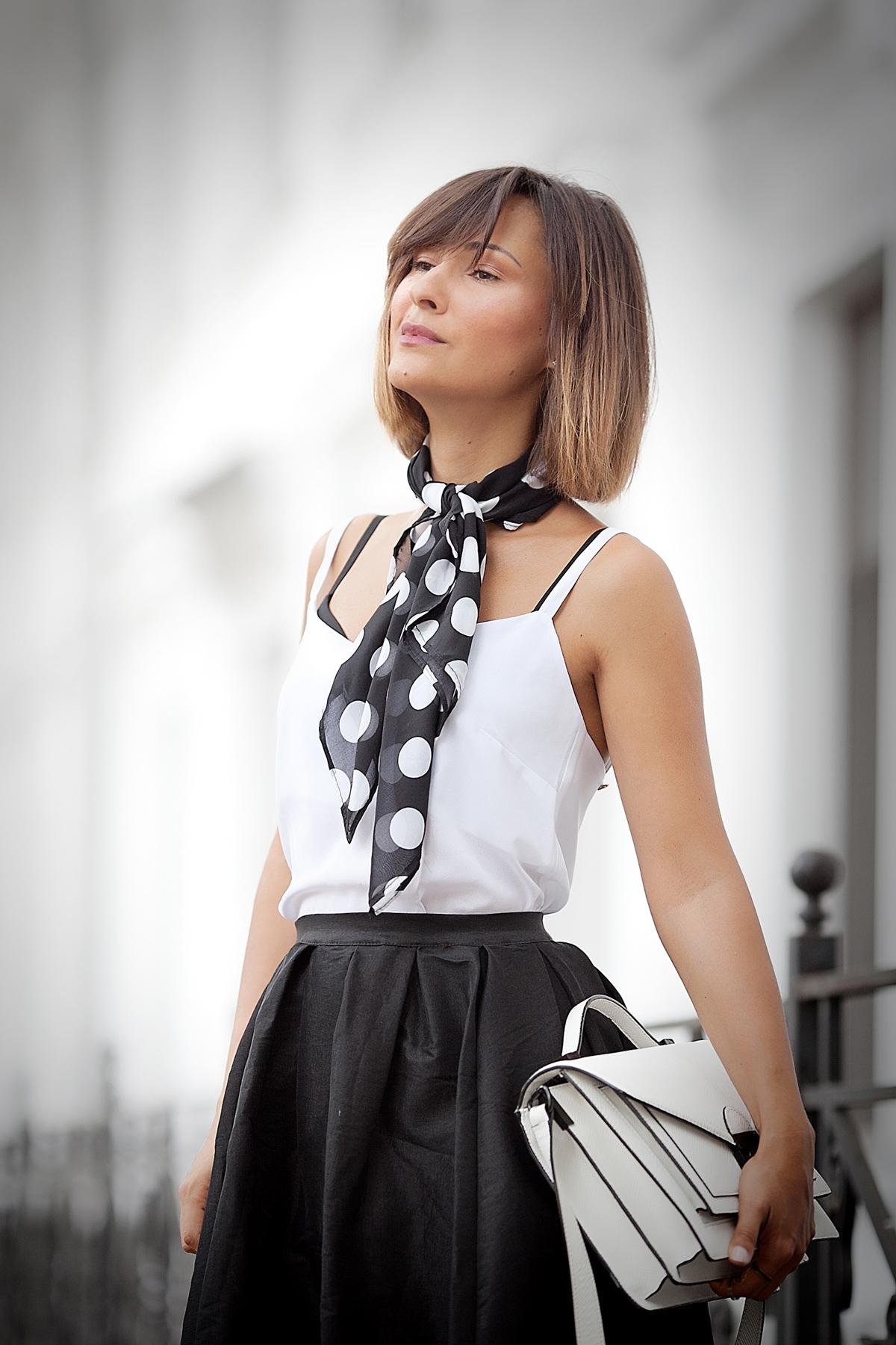 polka-dot-scarf-outfit-fashion-blogger-galantgirl