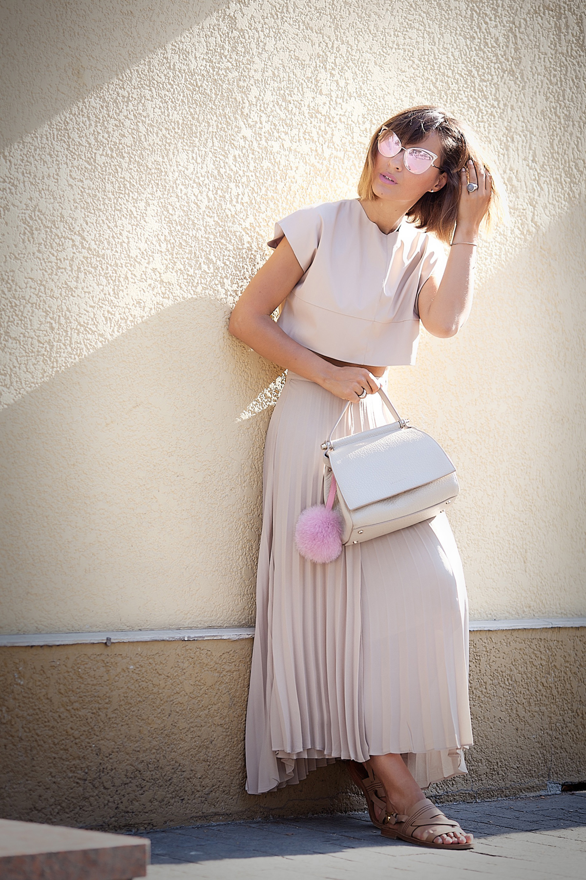 total-nude-outfit-for-hot-summer-galant-girl2