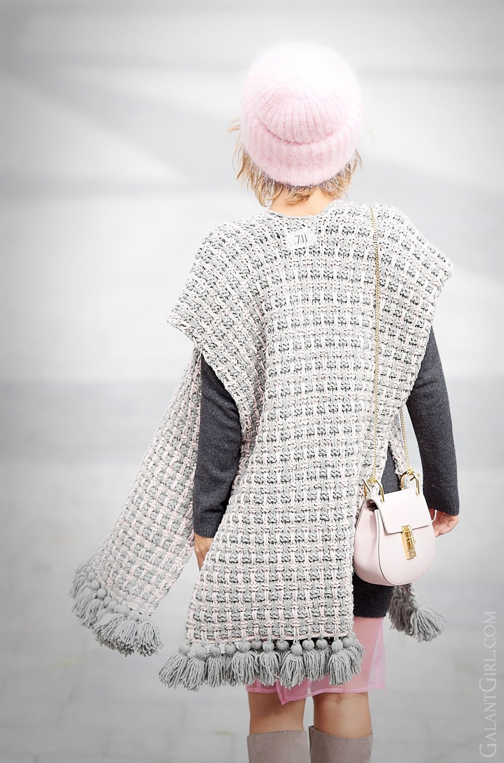 711+knitted+poncho+outfit-for-perfect+fall+outfit
