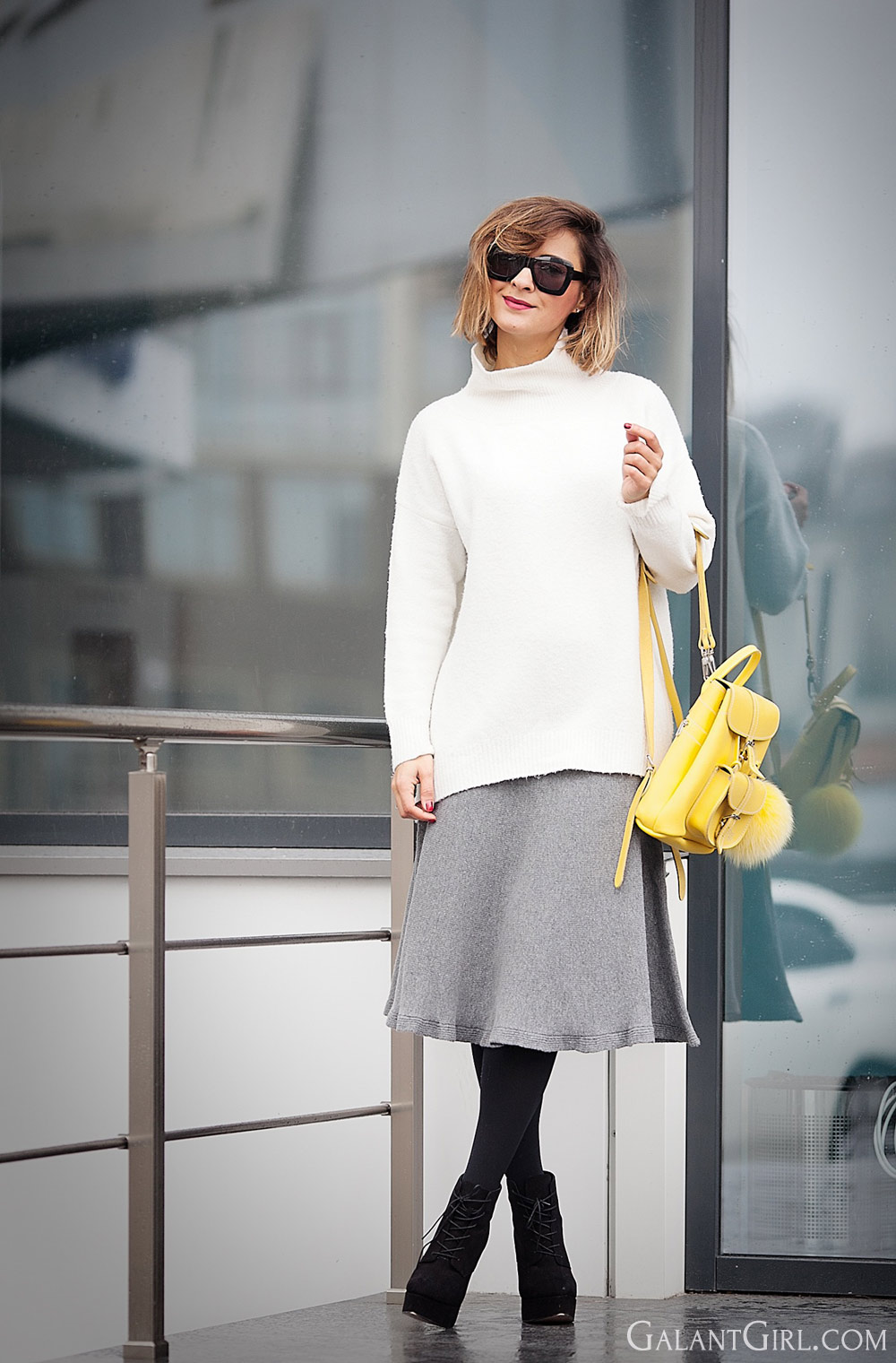 knitted+flared+skirt+in+grey-fashion+blogger+galant+girl