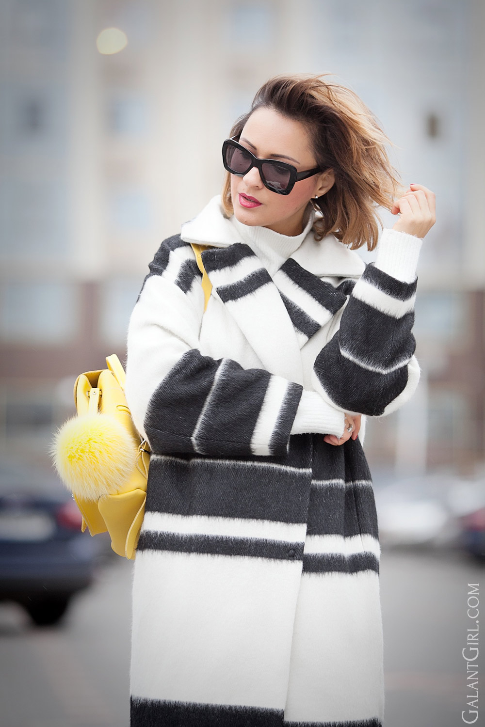 striped-coat-outfit