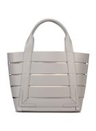 8 Handbag
