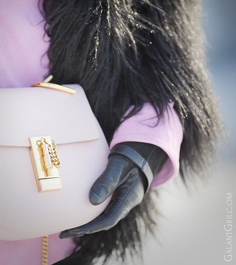 chloe drew bag in cement pink,