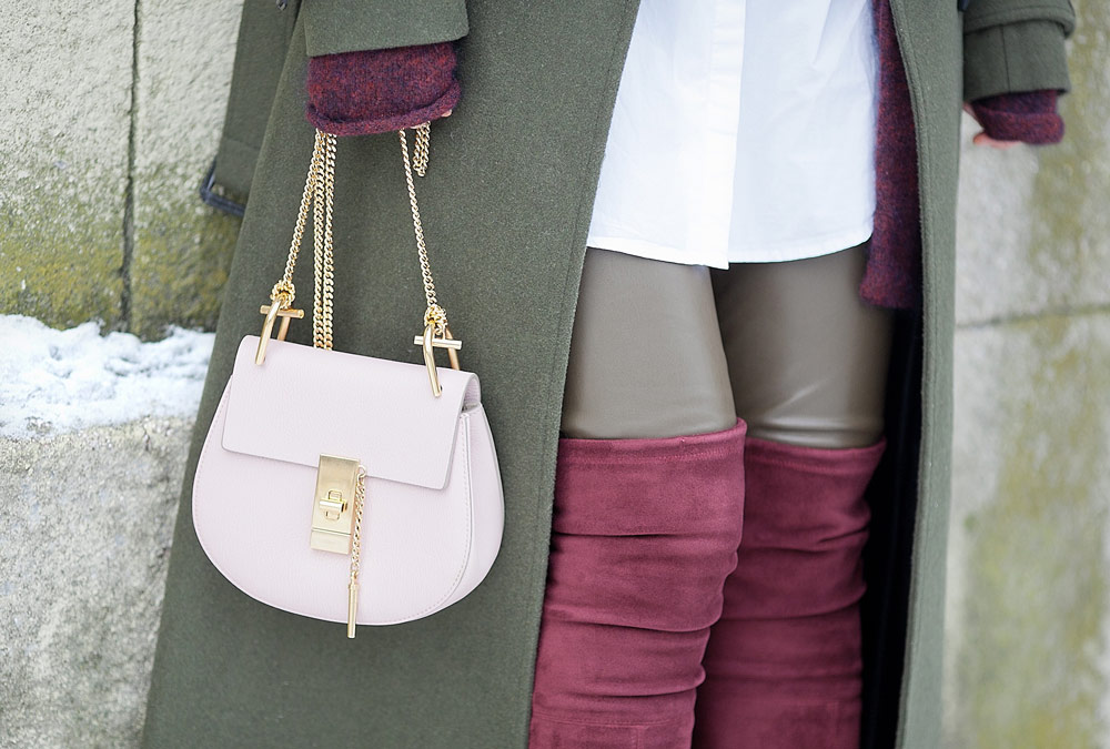 chloe drew bag in cement pink color