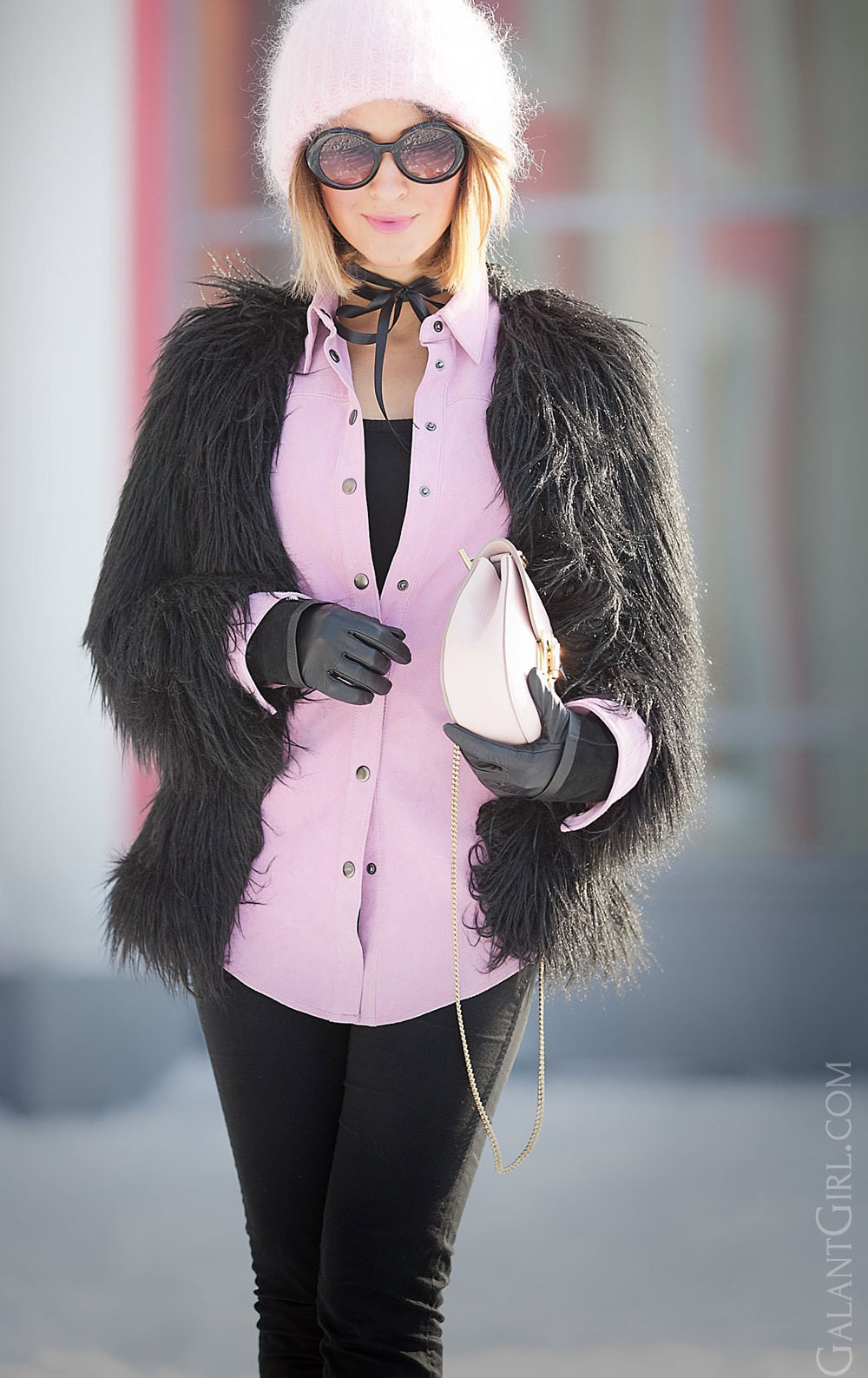 faux fur coat outfit for really cold winter days, chloe drew bag in blush, cold weather outfits,