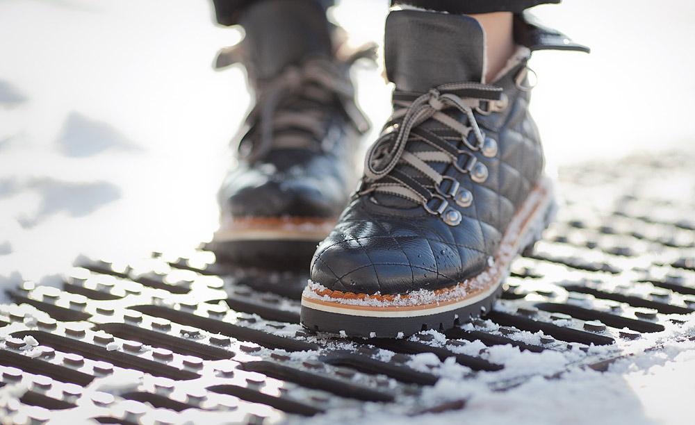 hiker-boots