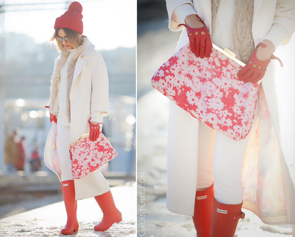 stella mccartney clutch and red hunter boots and white coat outfit for winter by fashion blogger Ellena Galant