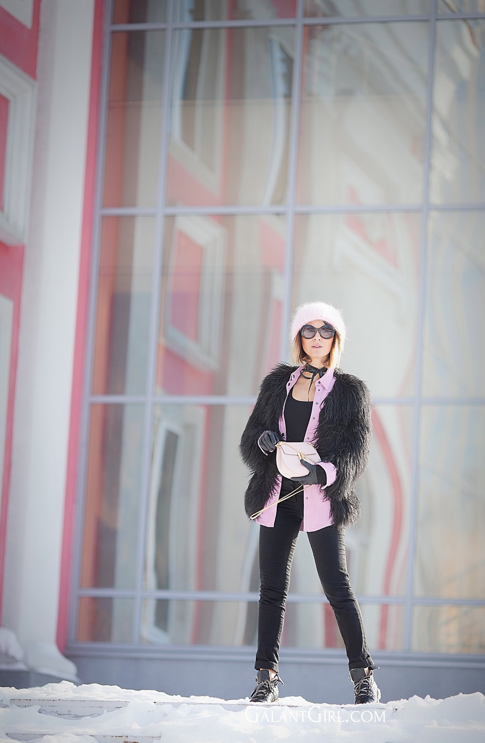 silk bow for nfaux fur coat outfit for really cold winter days, chloe drew bag in blush, cold weather outfits,eck