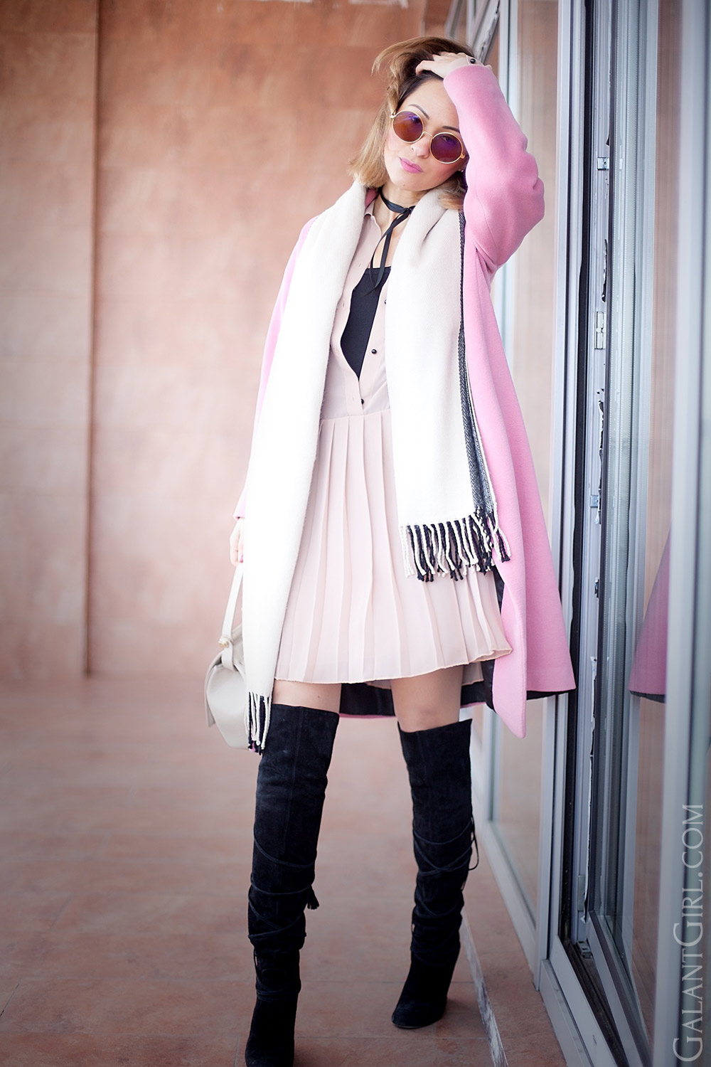 pink coat outfit in hight style fashion blogger ellena galant